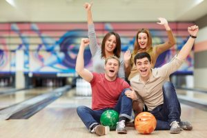 Hódoljon Frédi Flintstones hobbijának – bowlingozzon kedvezményes kuponnal!